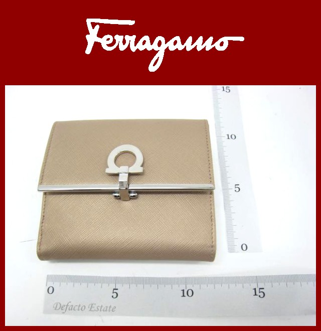 SalvatoreFerragamo(サルバトーレフェラガモ)/財布