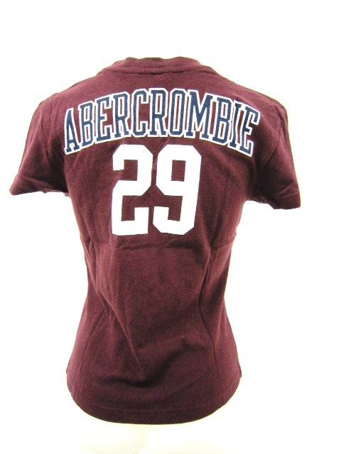 Abercrombie&Fitch(アバクロンビーアンドフィッチ)のTシャツ