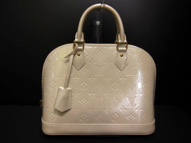 LOUIS VUITTON(ルイヴィトン)のアルマ