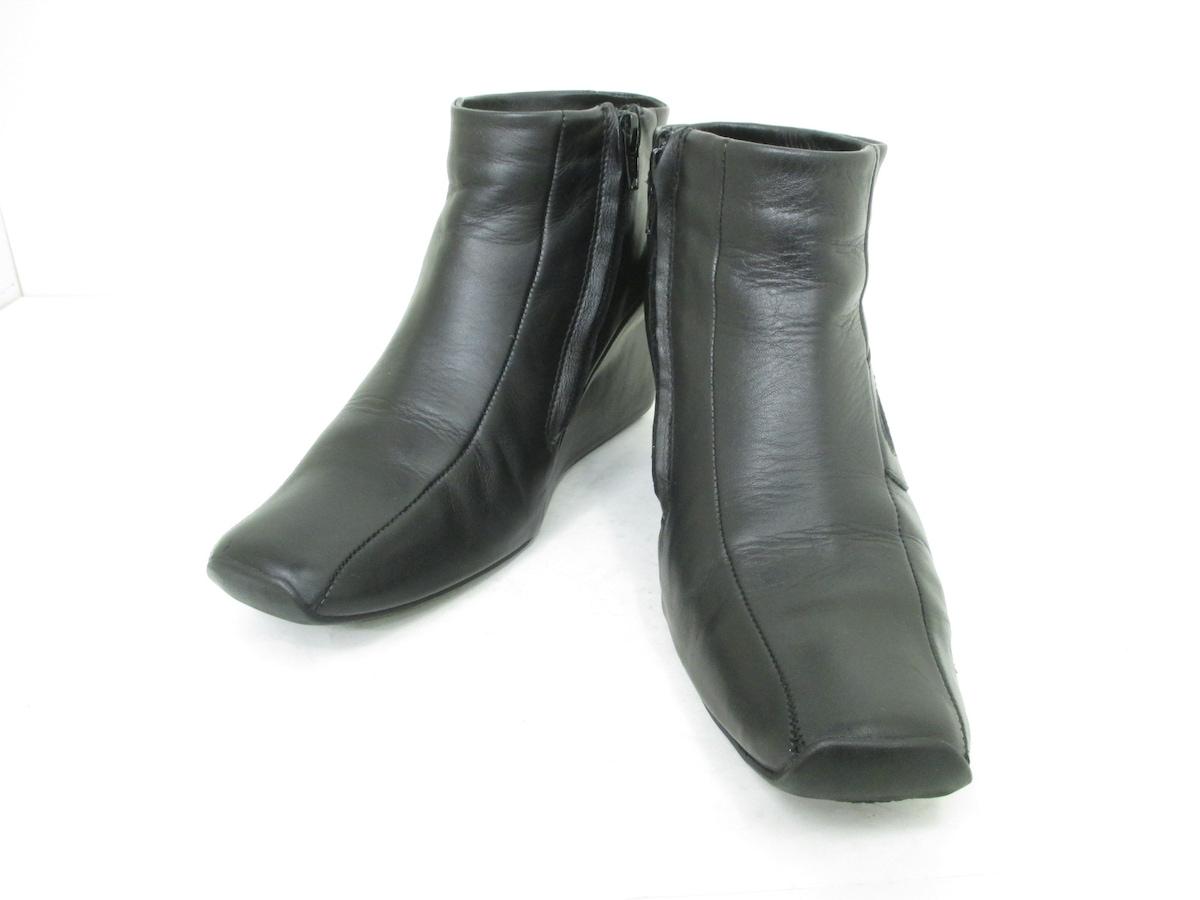 NONAME(ノーネーム)のブーツ