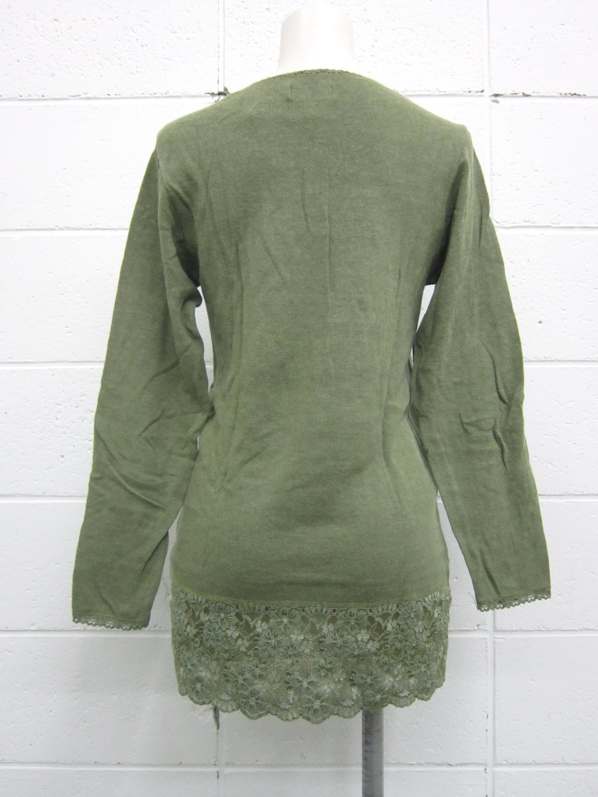 muchacha(ムチャチャ)のセーター