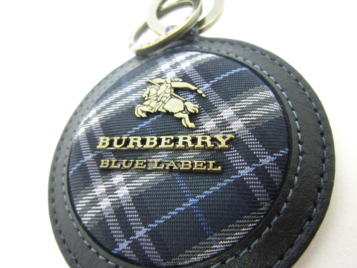 Burberry Blue Label(バーバリーブルーレーベル)のキーホルダー(チャーム)