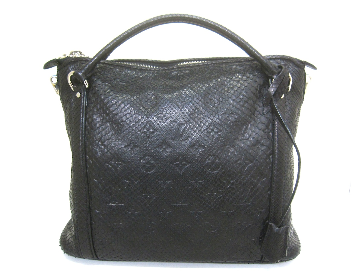 LOUIS VUITTON(ルイヴィトン)のイクシアPM