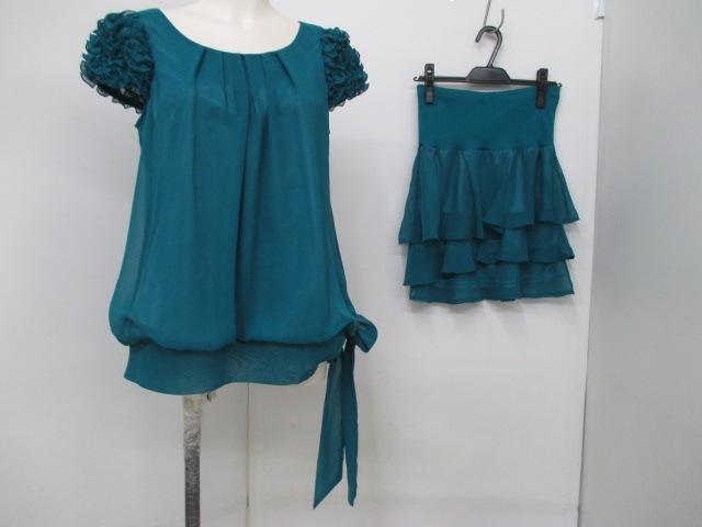 Queen Claret(クイーンクラレット)のスカートセットアップ