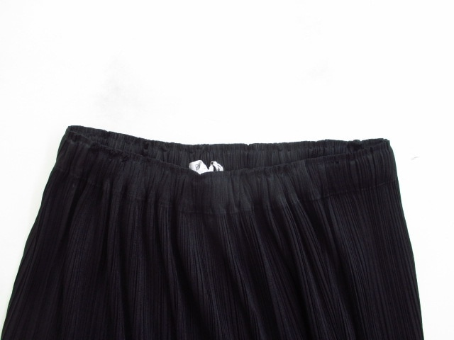 PLEATS PLEASE(プリーツプリーズ)のスカート