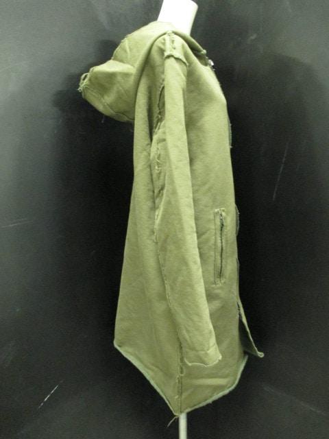 lot holon(ロットホロン)のコート