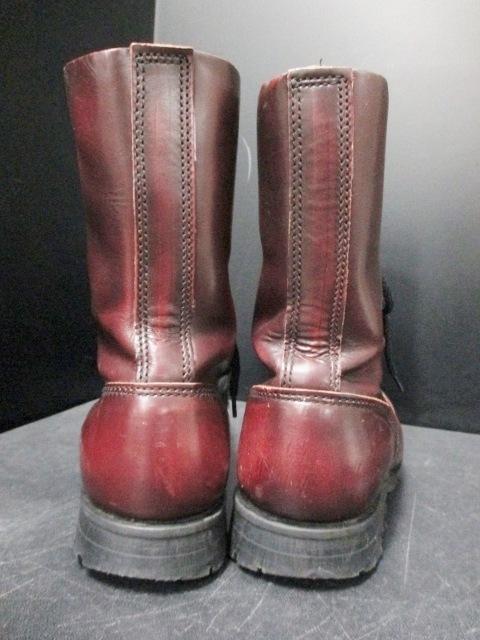 UNDERGROUND(アンダーグラウンド)のブーツ