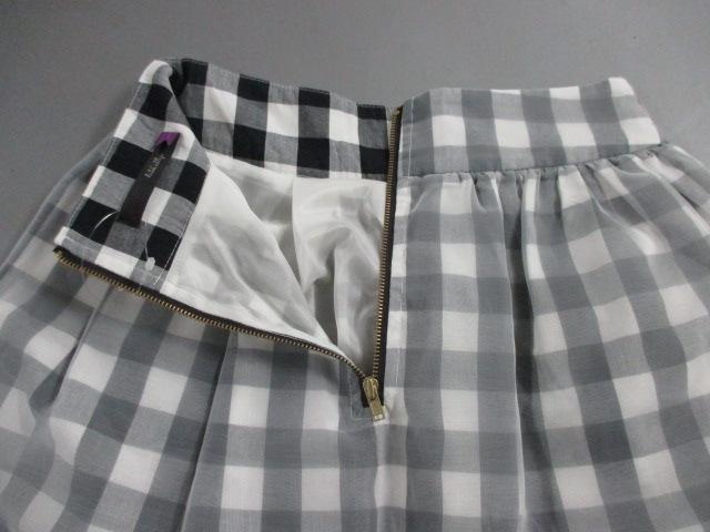 lilLilly(リルリリー)のスカート