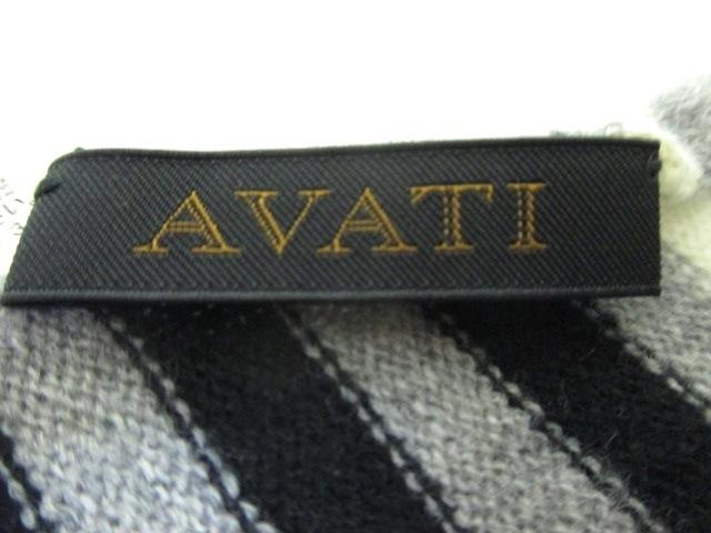 AVATI(アバティ)のマフラー