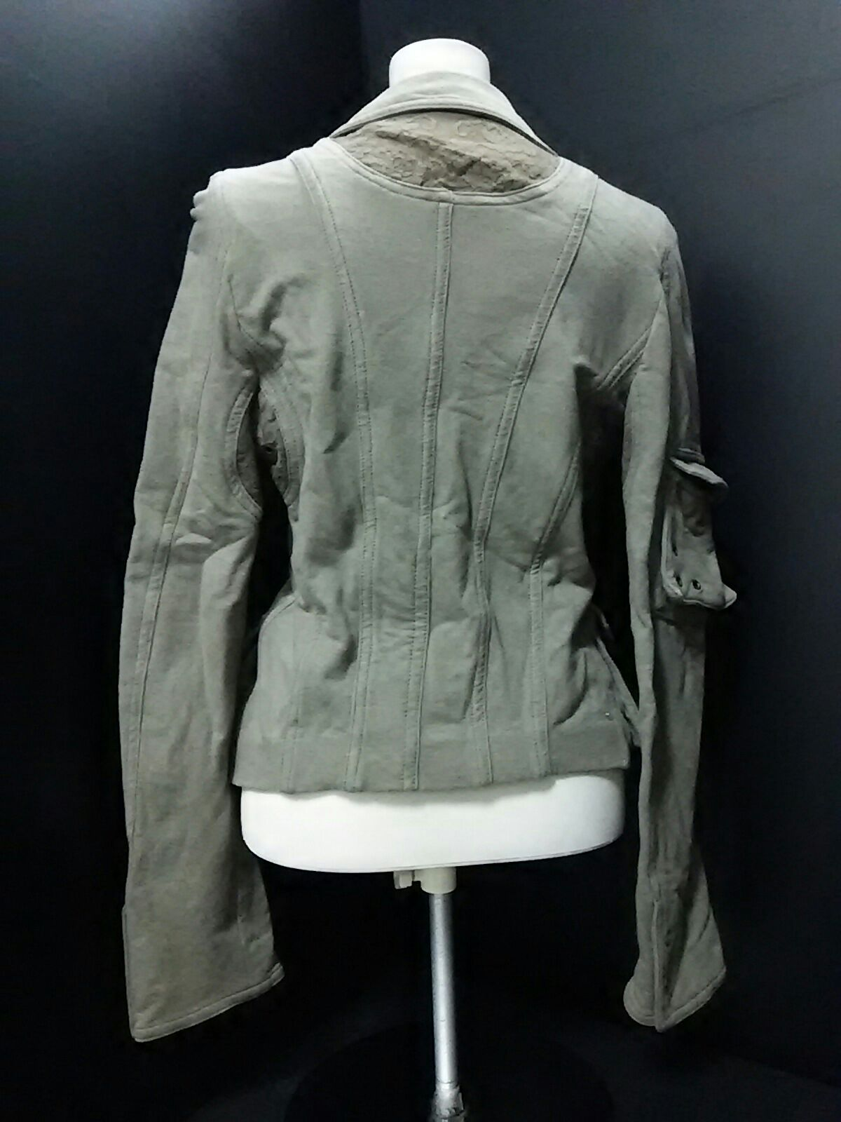 ATOS LOMBARDINI(アトスロンバルディーニ)のジャケット