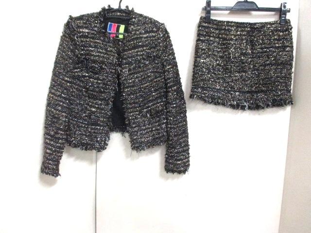 MSGM(エムエスジィエム)のスカートスーツ