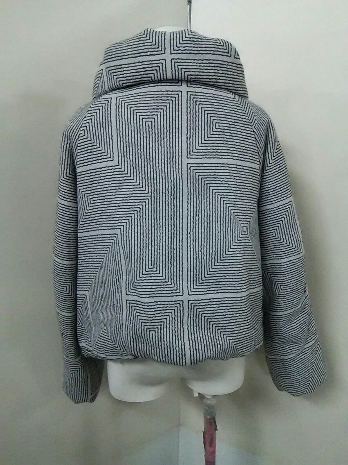 芽風(メフウ/センソユニコ)のダウンジャケット