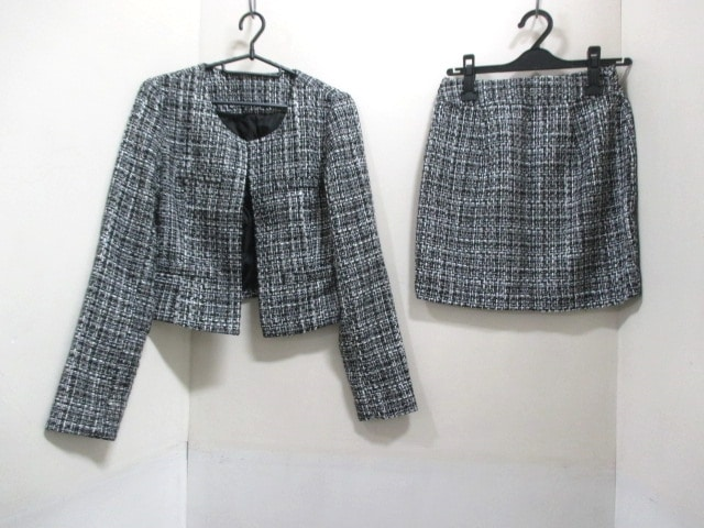 RESEXXY(リゼクシー)のスカートスーツ