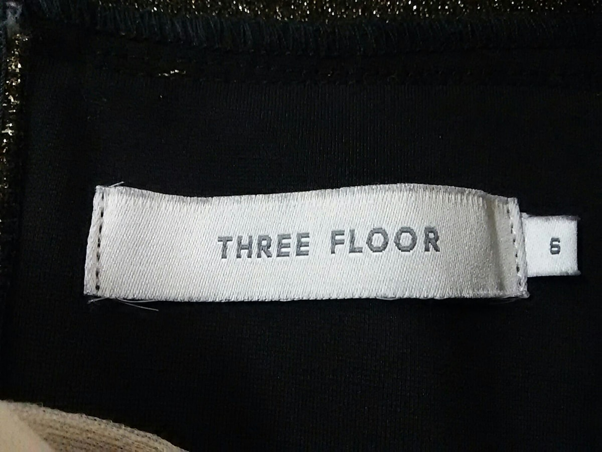 THREE FLOOR(スリーフロア)のワンピース