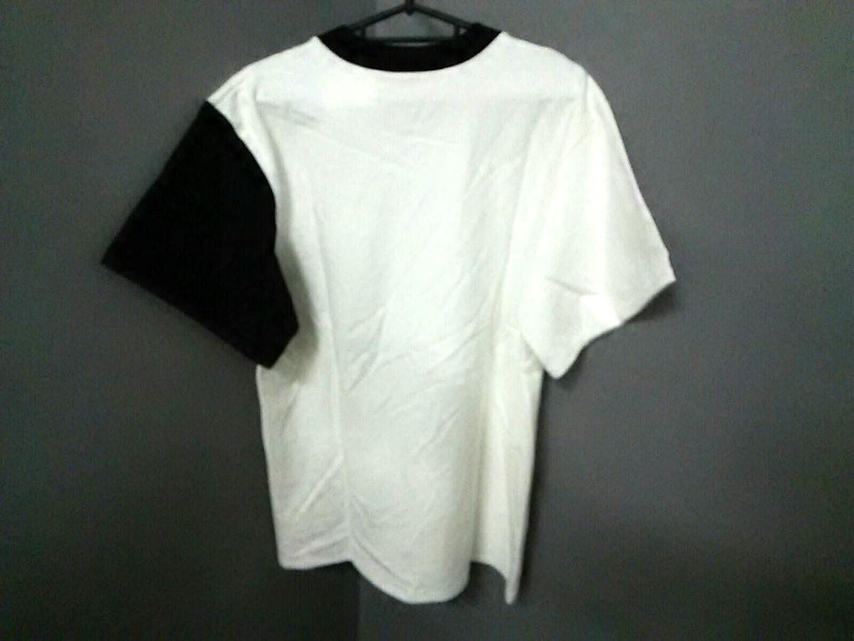 TAROHORIUCHI(タロウホリウチ)のTシャツ