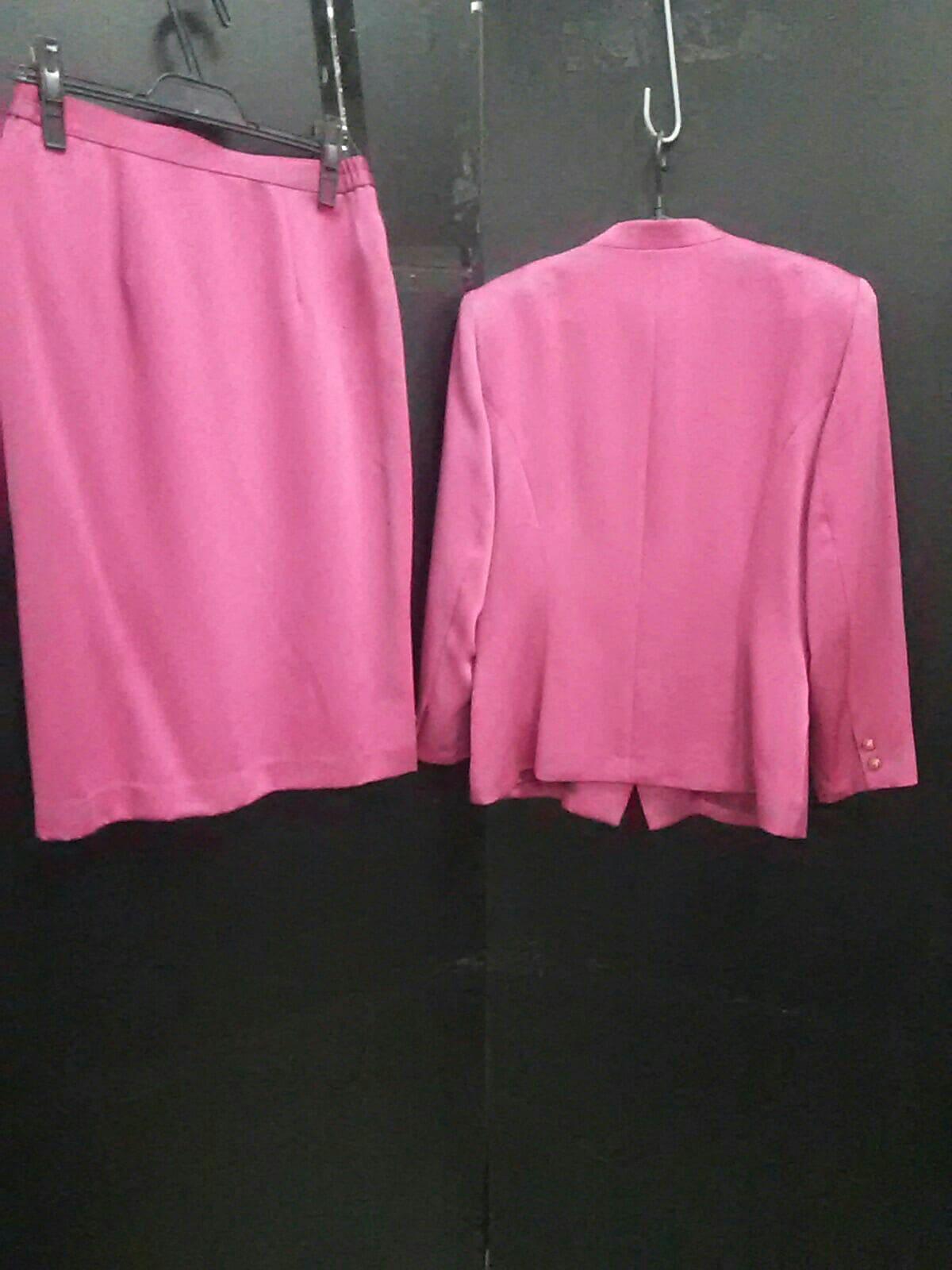 Seraphine(セラフィン)のスカートスーツ