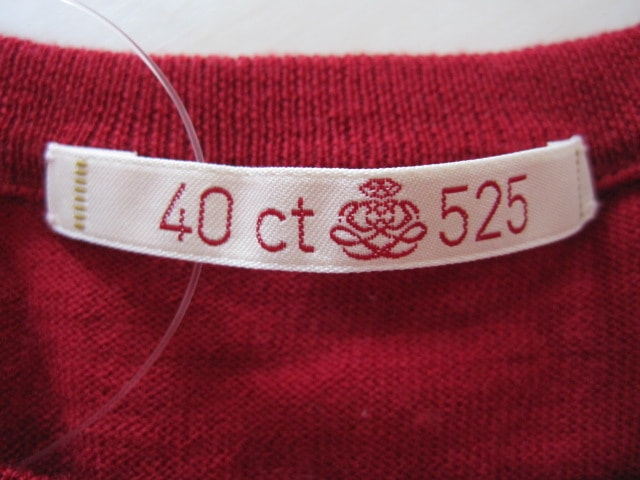 40ct525(タケオキクチ)のセーター