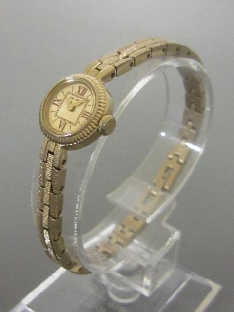HIROB(ヒロブ)の腕時計