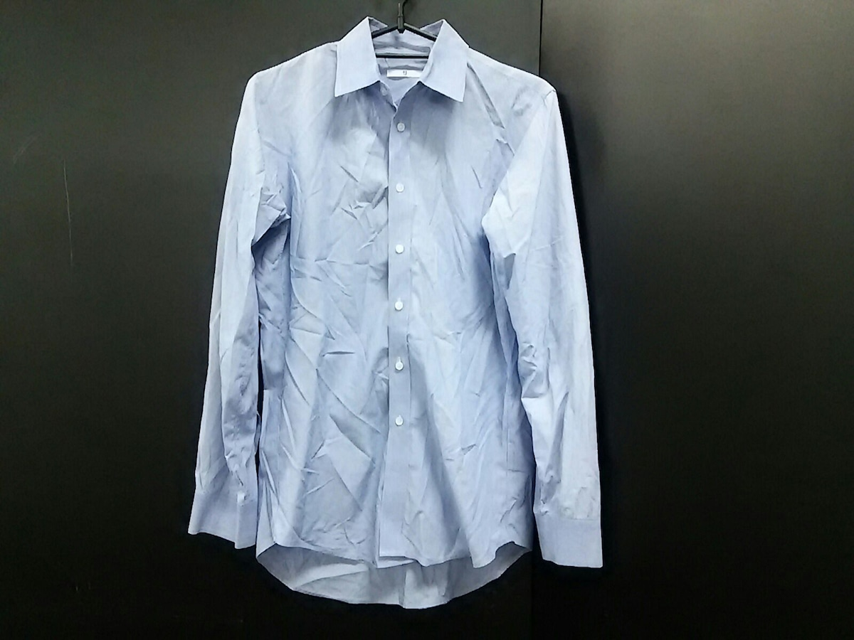 +J(プラスジェイ)のシャツ