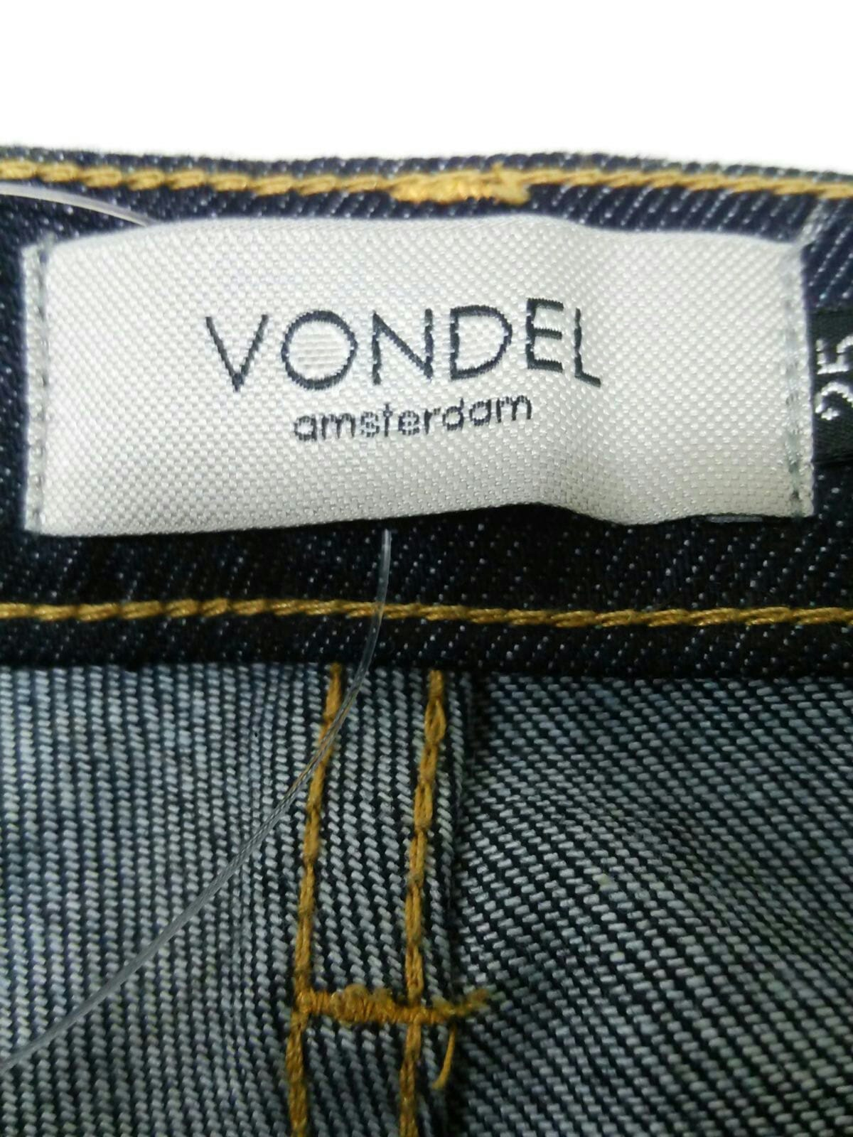 VONDEL(フォンデル)のジーンズ