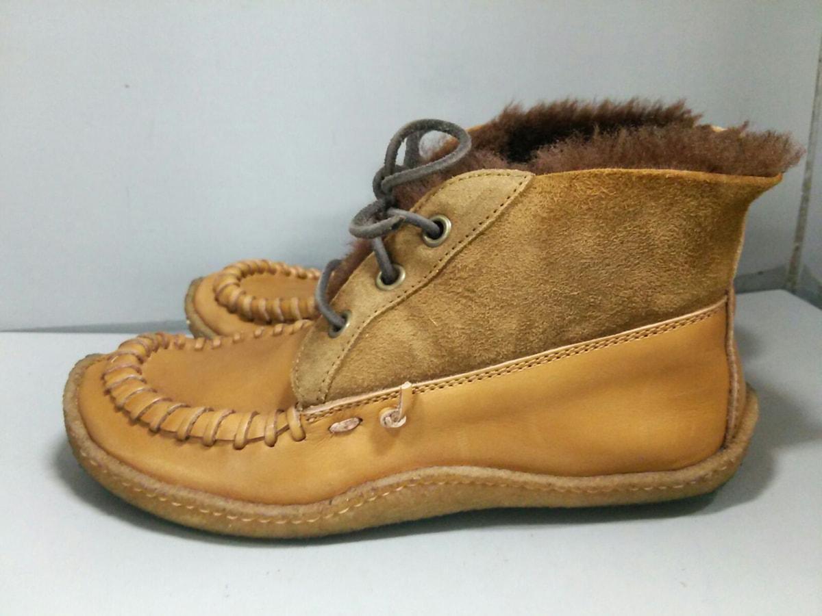 Punto Pigro(プントピグロ)のブーツ