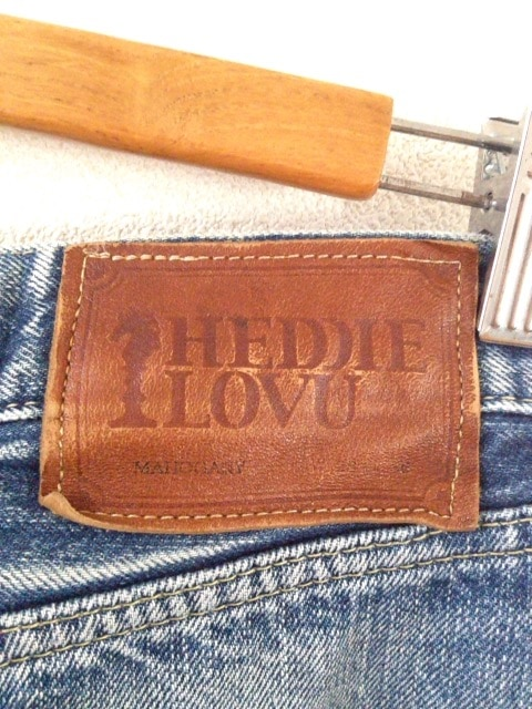 HEDDIE LOVU(エディー ルーヴ)のジーンズ