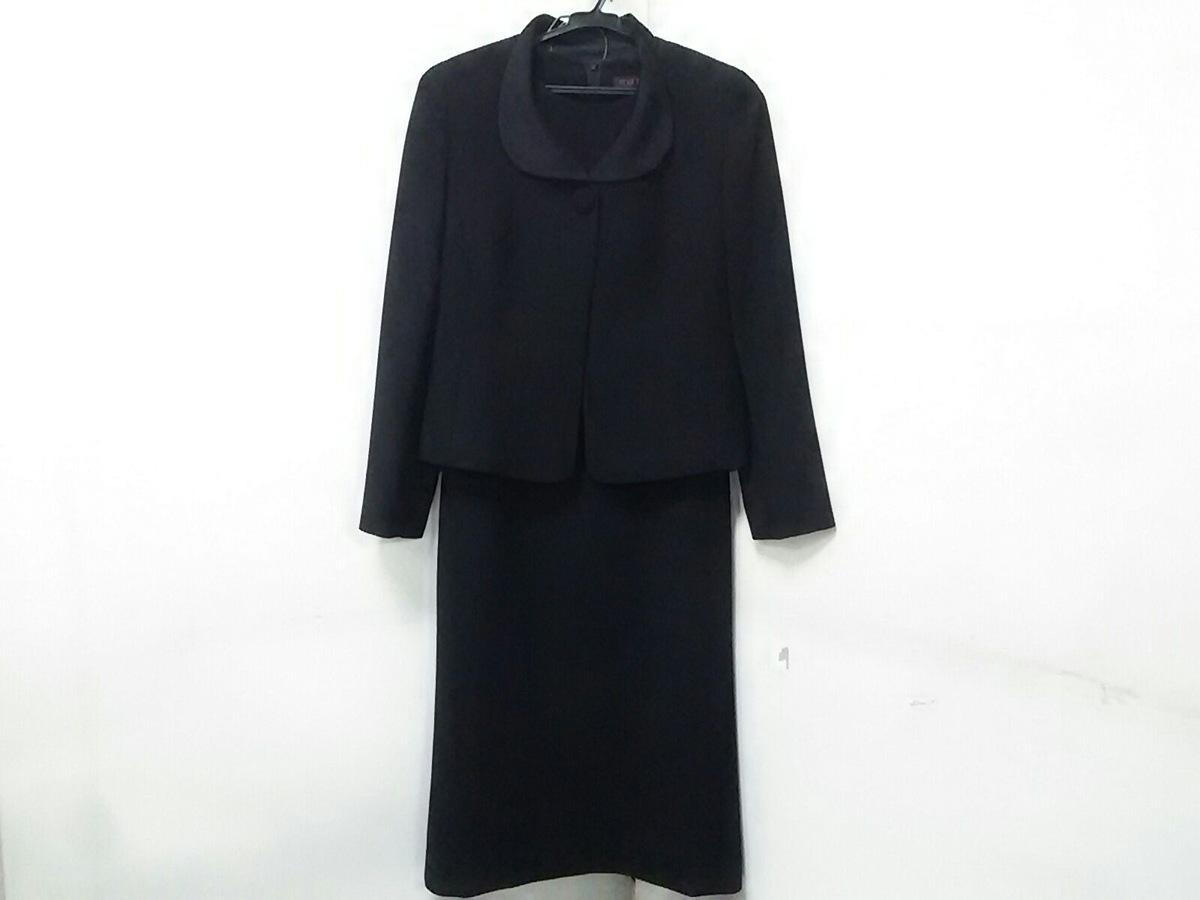 YUKITORII(ユキトリイ)のワンピーススーツ