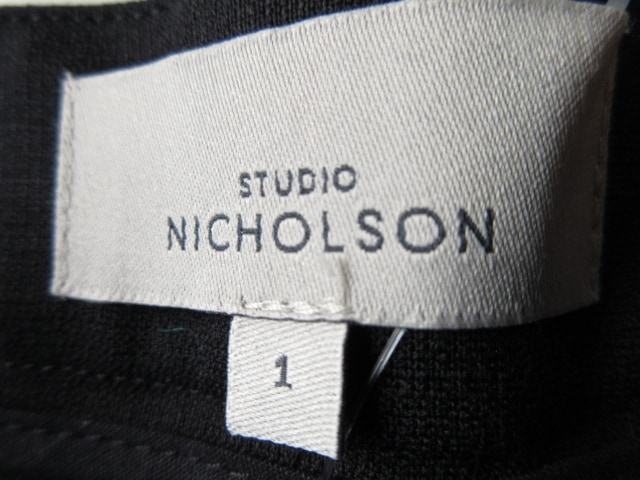 STUDIONICHOLSON(スタジオニコルソン)のパンツ