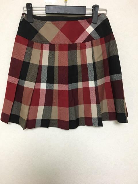 BLUELABELCRESTBRIDGE(ブルーレーベルクレストブリッジ)のスカート