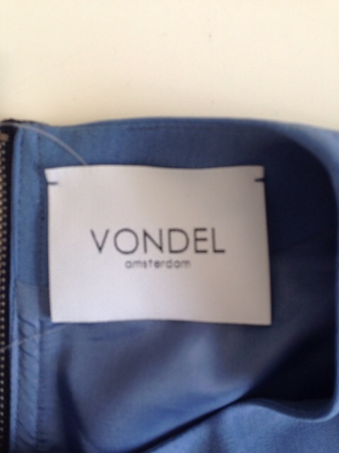 VONDEL(フォンデル)のワンピース