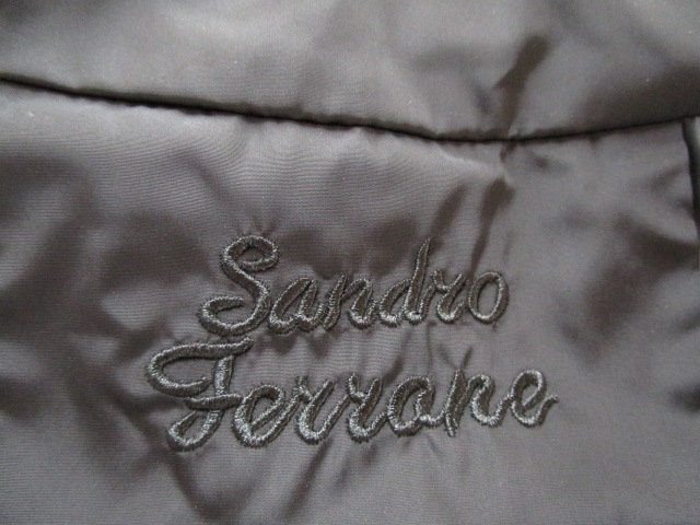 SANDRO FERRONE(サンドロフェローネ)のポンチョ