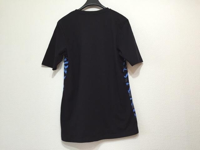 ETRE CECILE(エトレ セシル)のTシャツ
