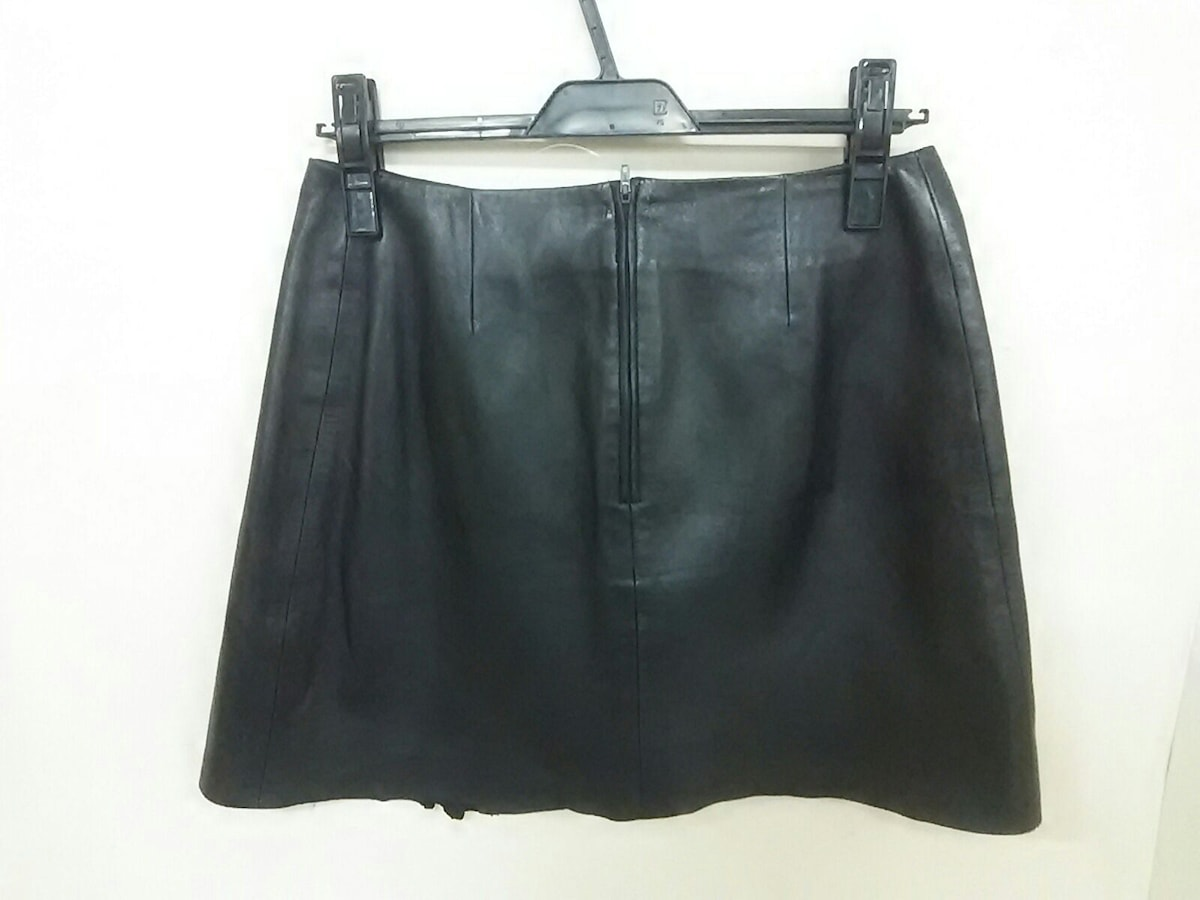 JITROIS(ジトロワ)のスカート