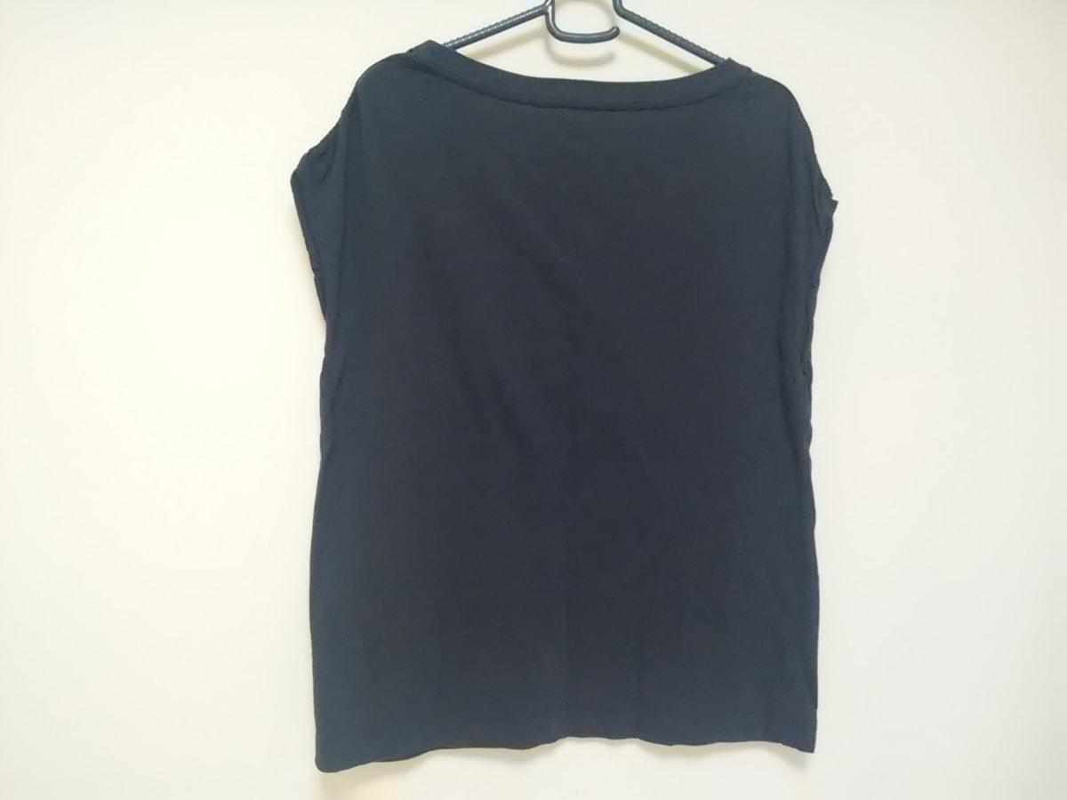 upperhights(アッパーハイツ)のTシャツ