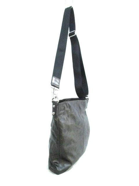 L'EQUIPE YOSHIE INABA(レキップ ヨシエイナバ)のショルダーバッグ