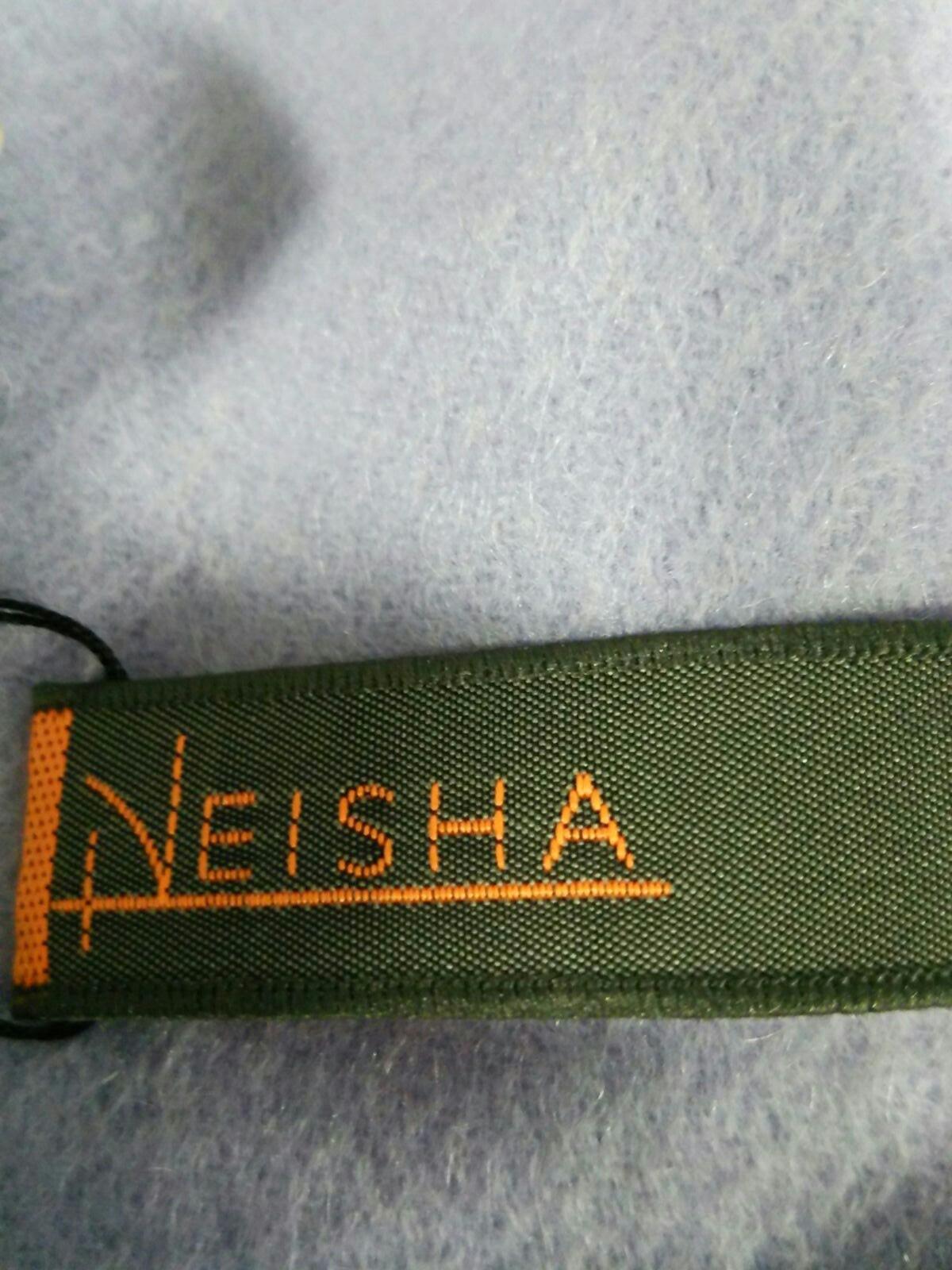 NEISHA CROSLAND(ニーシャ クロスランド)のマフラー