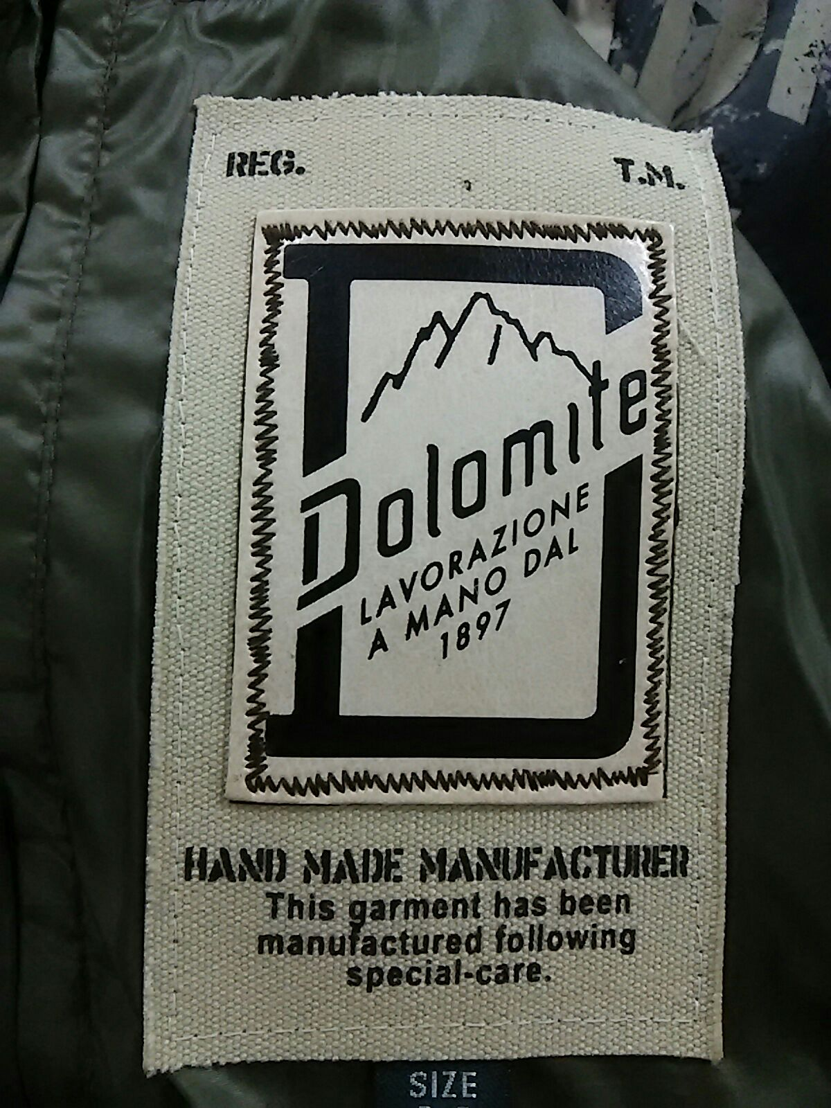DOLOMITE(ドロミテ)のダウンジャケット