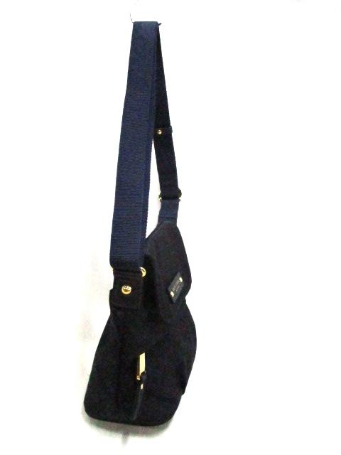 BLUE LABEL CRESTBRIDGE(ブルーレーベルクレストブリッジ)のショルダーバッグ