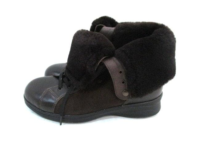 Finn Comfort(フィンコンフォート)のブーツ
