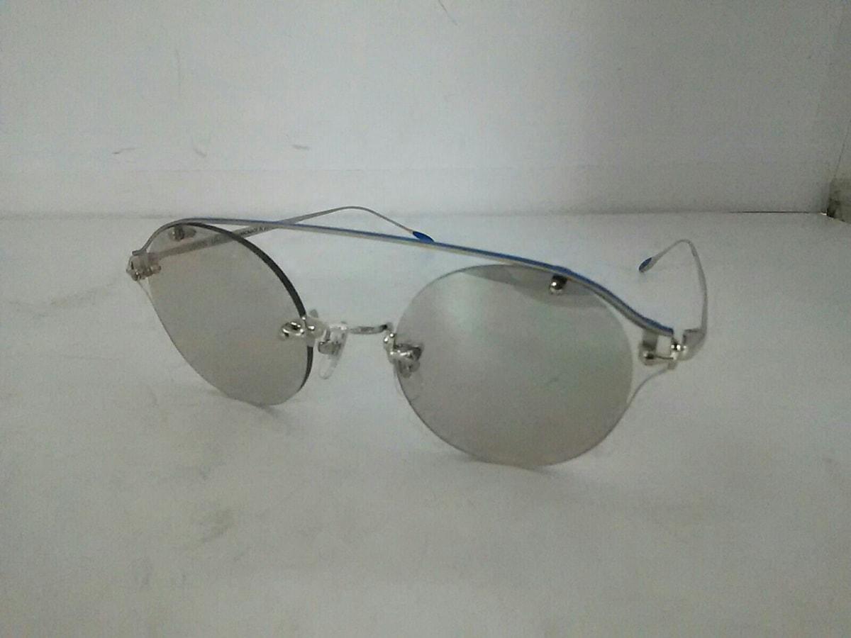 USH(アッシュ)のサングラス
