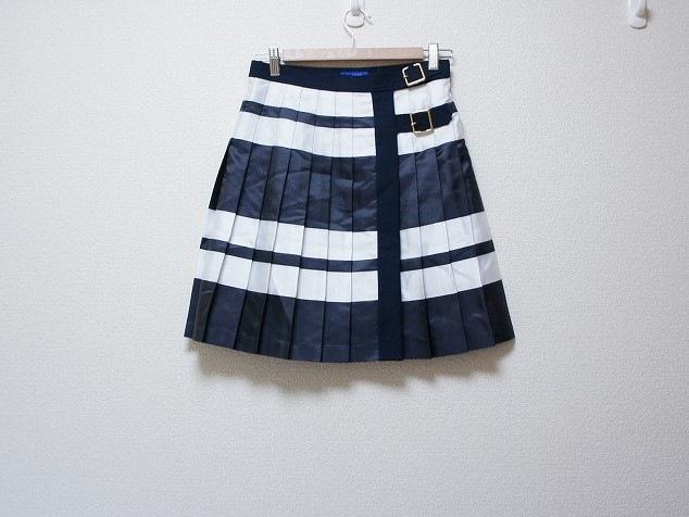 BLUE LABEL CRESTBRIDGE(ブルーレーベルクレストブリッジ)のスカート