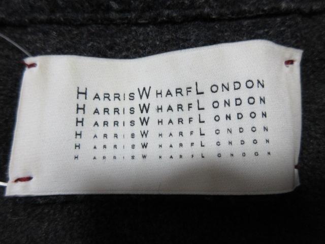 HARRISWHARFLONDON(ハリスワーフロンドン)のコート