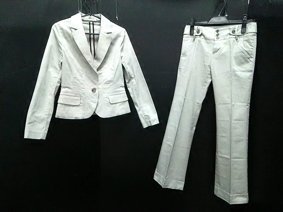 Cheztoi(シェトワ)のレディースパンツスーツ