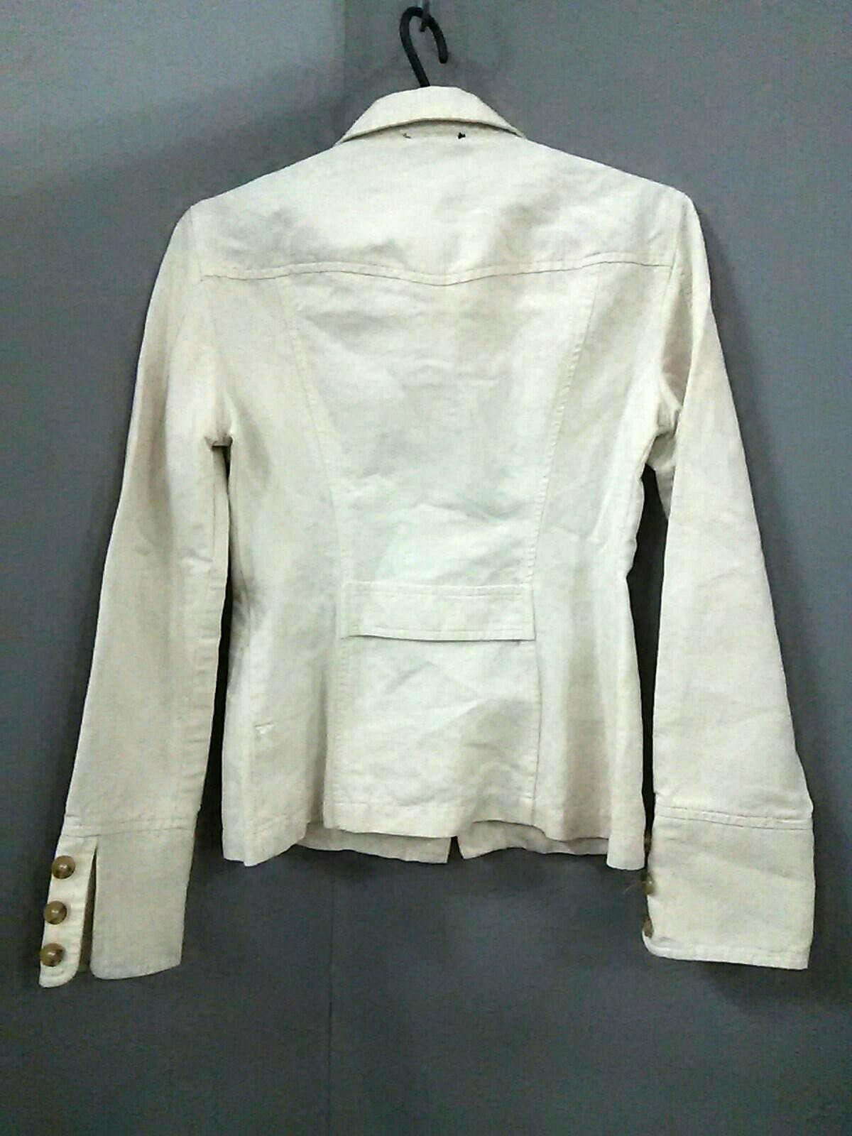 Le Verseau(ルヴェルソー)のシャツブラウス