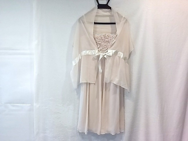 DebutdeFiore(デビュードフィオレ)のドレス