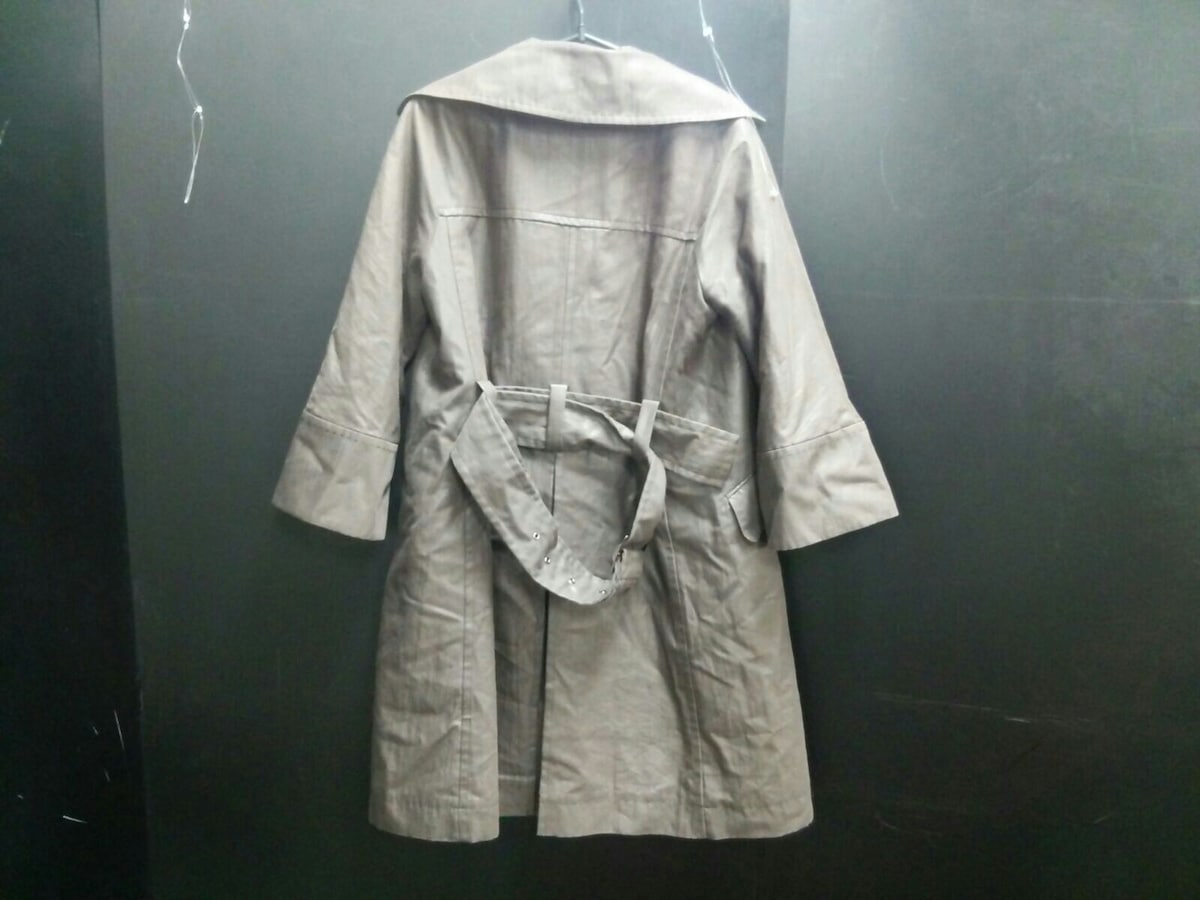 L'EQUIPE YOSHIE INABA(レキップ ヨシエイナバ)のコート