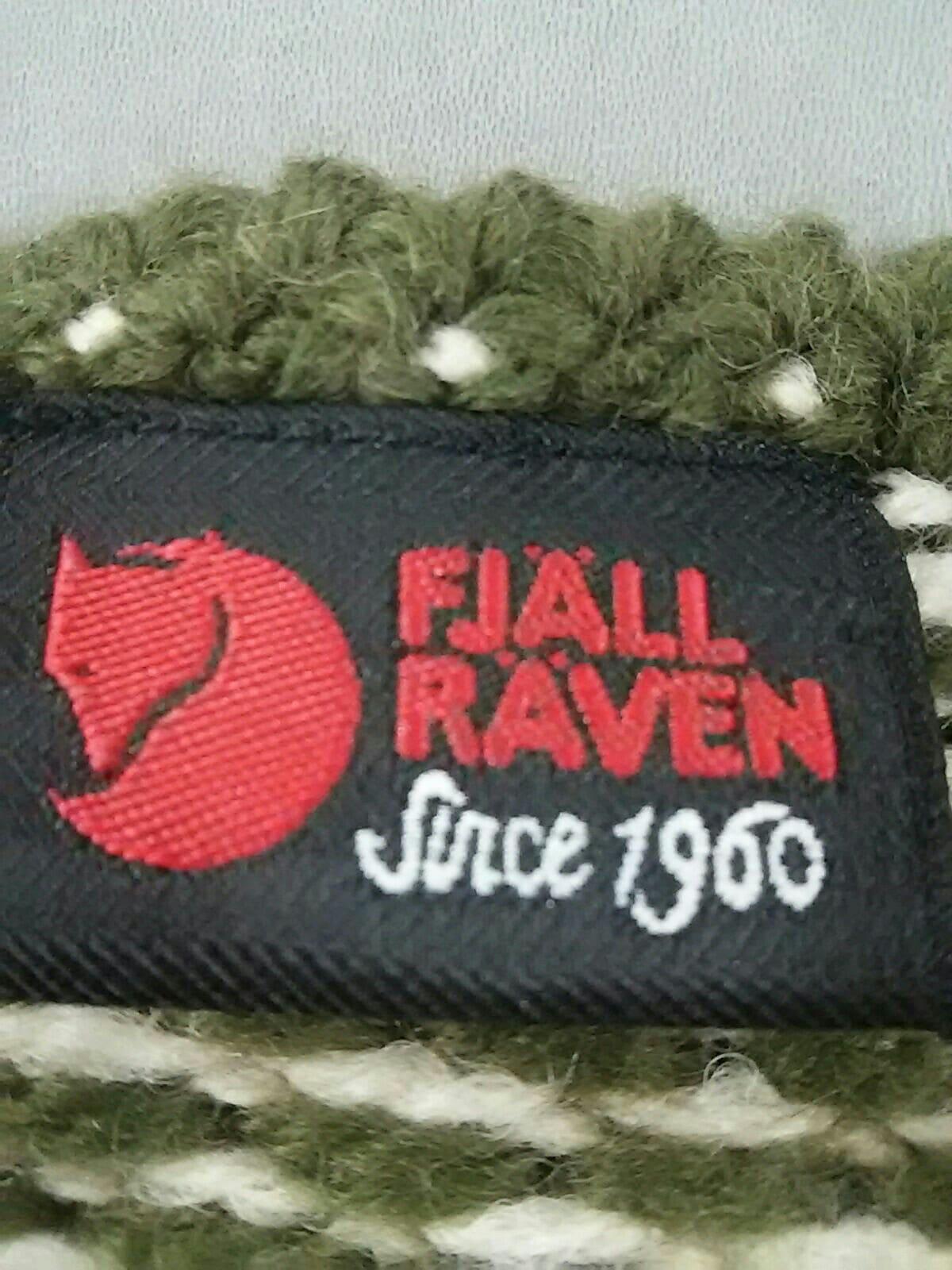 FJALLRAVEN(フェールラーベン)のポンチョ