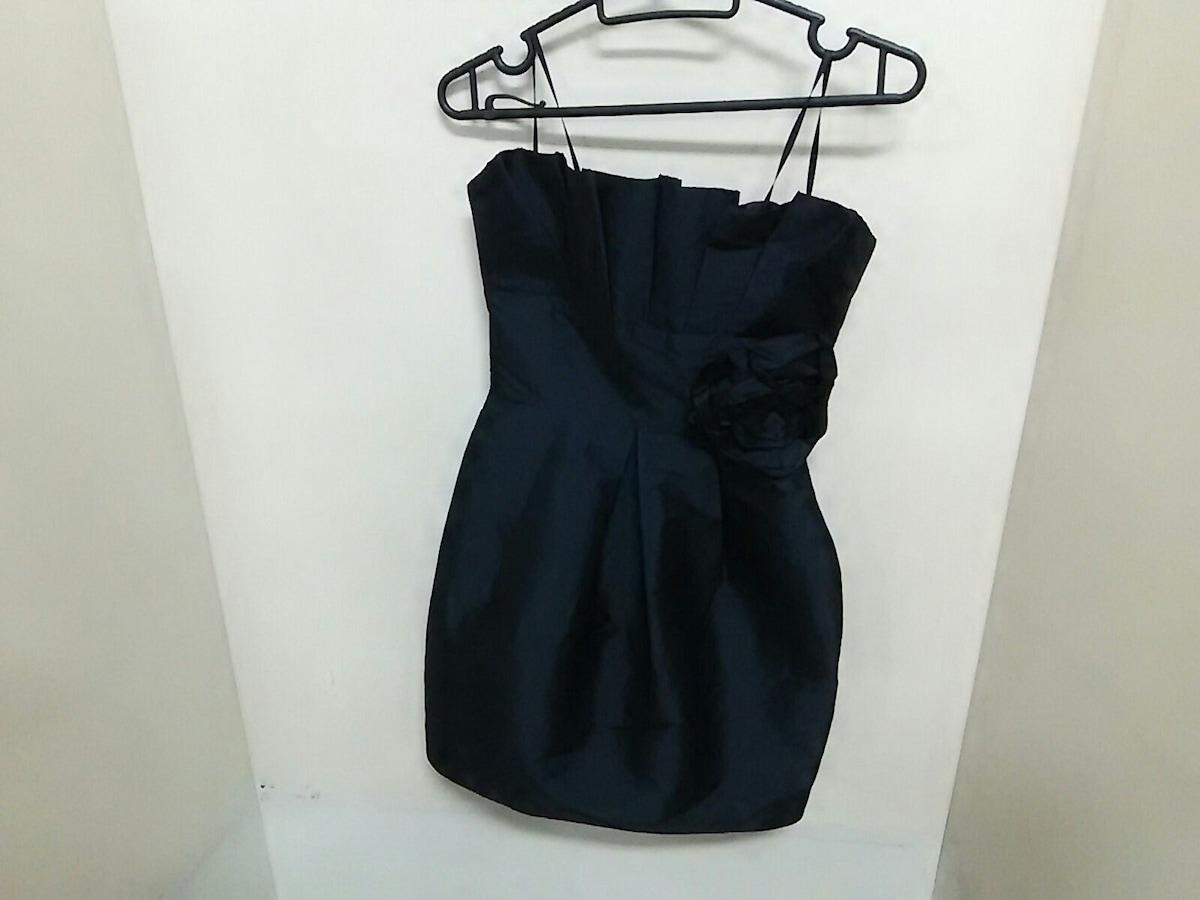ALEXIA ADOMOR(アレクシアアドマー)のドレス