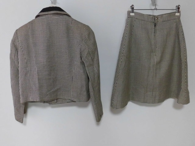 MASSEMENSCH(マッセメンシュ)のスカートスーツ