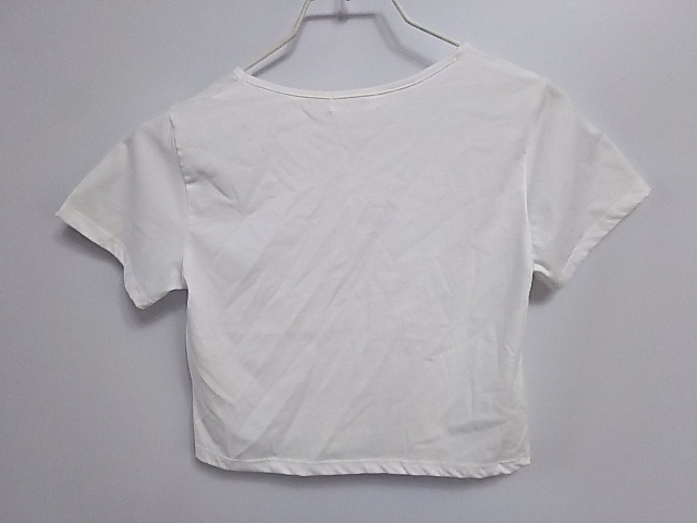 EVRIS(エヴリス)のTシャツ
